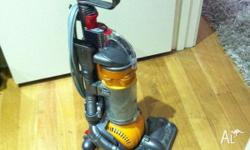 DYSON UPRIGHT VACUUM CLEANER IN A GREAT CONDITION. IN