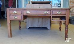 Early pine 5 draw executive desk in need of