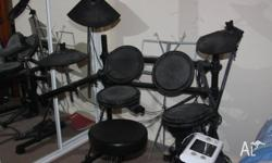 ELECTRIC DRUM KIT FOR SALE LEGACY DD502 IN GOOD