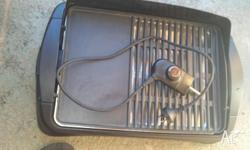 Sunbeam electric bbq/grill used once, great for indoor