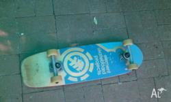 Hi there. Great skateboard, in good used condition.