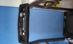 ELITE PROFESIONAL TRAINER WORKS NORMAL HAS INCLINE AND