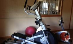 Professional Elliptical trainer Horizon EX79 Maxtone