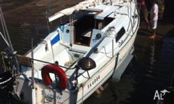 89 model Endevour 24 Drop Keel Trailer Sailer, Good