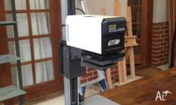 LPL Condenser enlarger model 6600 Lamp 240V 75W. These