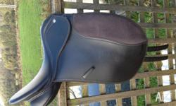 "Eurohunter Accent Dressage Saddle for sale. 16.5"","