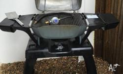 Everdue BBQ 2 years old - New with stand worth $450,