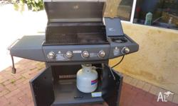 Great JUMBUCK BBQ on wheels, 4 burner with 1 side