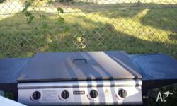 Excellent working 4 burners BBQ, can delivery at extra
