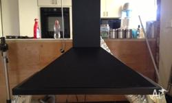 Black finish Excellent condition and in perfect working