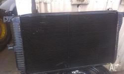 RADIATOR ASSEMBLY WITH FANS SUIT EF FAIRMONT/FALCON