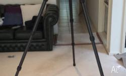 Excellent condition carbon fibre tripod, has had very