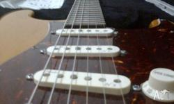 Great condition, American Fender Deluxe Stratocaster,