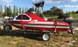 Fish n Ski Boat for sale excellet condition comes with