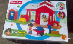 Fisher Price Little People Stable . New in box. ages 1