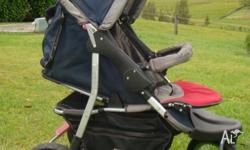 Go anywhere three wheel pram with pneumatic tyres that