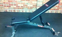 Avanti Flat/Incline Bench. Good condition. Pick up from