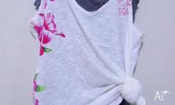FLOWER PRITED CROPPED SINGLET FROM H&M, SIZE S. BRAND