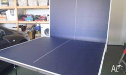Folding table tennis table, comes with net, paddles and
