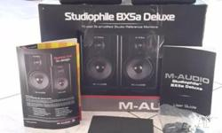 M-Audio Studiophile BX5a Deluxe monitor / speakers.