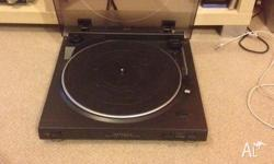 Selling my Optimus Record Player with built in pre-amp