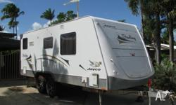 Jayco Sterling Caravan in excelent condition. Very well