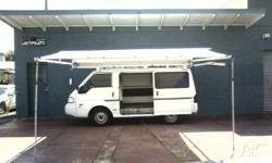 2000 Ford Econovan, white with gray trim, unleaded