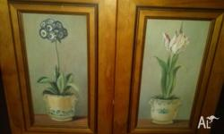 X2 beautiful flower prints in decorative wooden frames