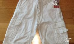 White Fred boys dress shorts. 100% Cotton. Never worn,