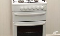 White Westinghouse 550 free-standing oven, stove, grill