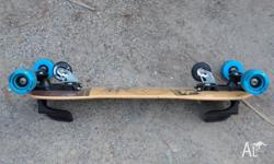 Im selling a Freebord skateboard used twiced pretty