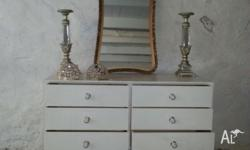 French provincial style six drawer chest of drawers /