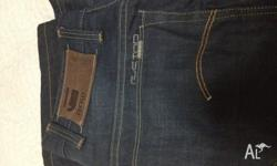 Hi all I'm selling G star 3301 brand new jeans Size is