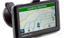 Garmin Nuvi 1390T GPS with free life time map update -