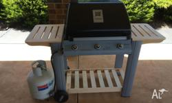 Gas bbq in excellent condition ready to cook comes with