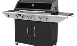 Gasmate 'Specialist' 6x Burner BBQ with glass viewing