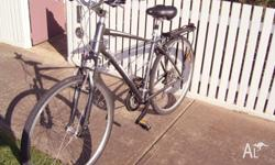 GIANT Cypress 27 speed, 700c/ 35, Very Comfortable,