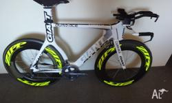Giant trinity Includes zipp 1080s Everything in photo