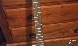Gibson electric white Les Paul style guitar in vgc No