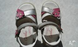I am selling my daughter's sandals that she has