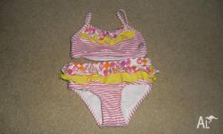 Girls 2 piece bathers like new size 1