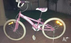 "20"" Girls Pink Bicyle, great condition $40"