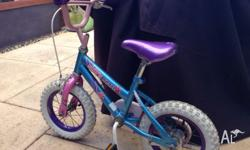 Great condition girls bike with new tyres. Suitable for