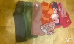 Girls size 3 - 1 pair of pants 1 rashie and bottoms 1