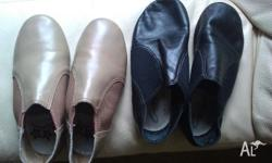 Girls jazz shoes ~ Black leather pair are Capezia size