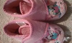 Girls Slippers Size 6 - VGC - Velcros Tab Will deliver