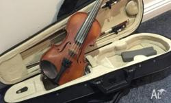 GLIGA VIOLIN IN EXCELLENT CONDITION This is a 1/8 size