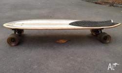 This is a globe dart cruiser skateboard, it is in used