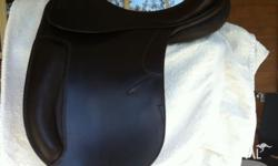 Beautiful saddle, immaculate condition, only riden in 5