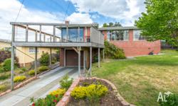 WE HAVE GREAT HOUSE IN HOBART TASMANIA FOR SALE, HOUSE